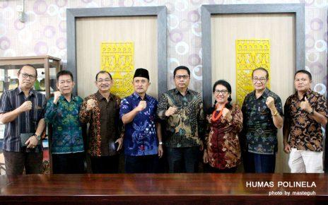 Jajaran pimpinan Pemda dan pengelola PDD Polinela Kabupaten Mentawai mengunjungi Politeknik Negeri Lampung