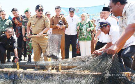 Panen Perdana Keramba Jaring Apung (KJA) Politeknik Negeri Lampung Oleh Gubernur Lampung H. Ir. Arinal Djunaidi