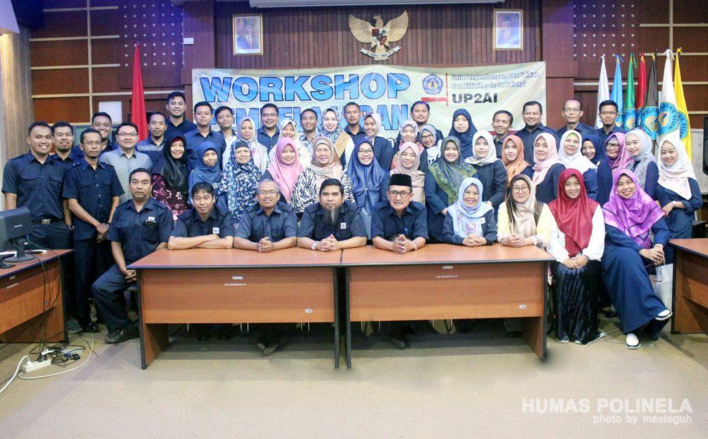 Direktur tutup acara Workshop Persiapan Pembelajaran Dosen