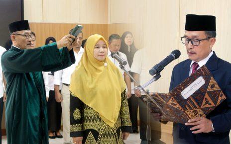 Direktur Lantik Ketua Jurusan Peternakan Periode 2020-2024