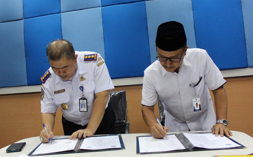 Penandatanganan Nota Kesepahaman antara Polinela dan Poltekpel Banten