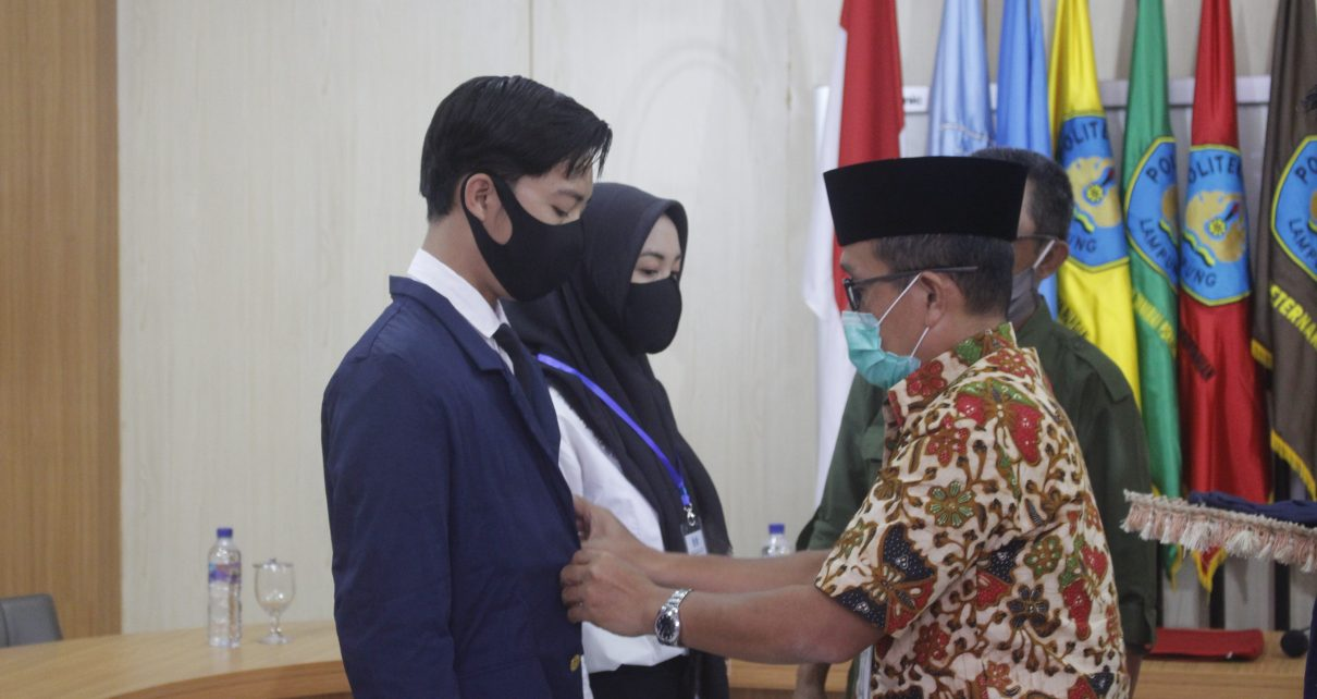 Pengukuhan Mahasiswa Baru dan Penutupan Pengenalan Kehidupan Kampus bagi Mahasiswa Baru (PKKMB) Politeknik Negeri Lampung Tahun 2020