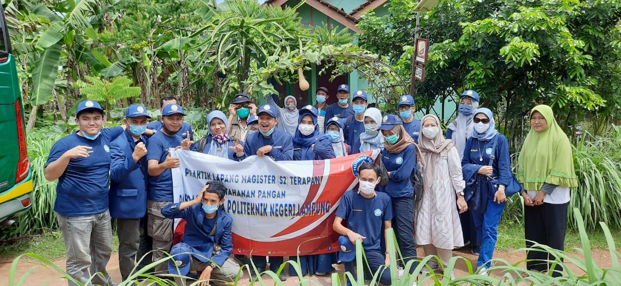 Kunjungan ke Integrated Mulya Farm