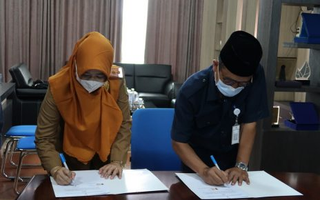 Penandatanganan Naskah Kerjasama Polinela Dengan SMK Negeri 8 Bandar Lampung
