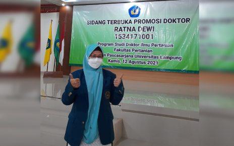 Ratna Dewi Tambah jumlah Doktor di Politeknik Negeri Lampung